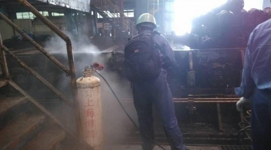 工厂生产机械油污清洗